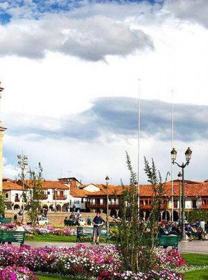 plaza de armas cusco - ViajesLA Cusco Peru